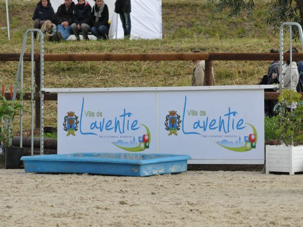 Concours d'entraînement de saut d'obstacles dimanche 16 septembre 2012 aux écuries de Laventie