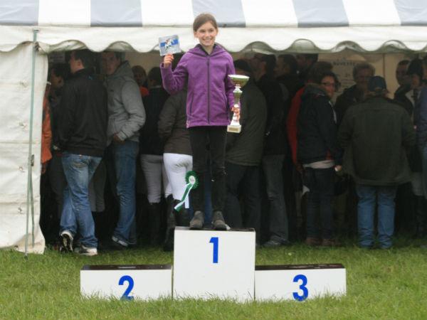 Rosalie et Caramel gagnent le Championnat départemental de CCE à Berck-sur-mer